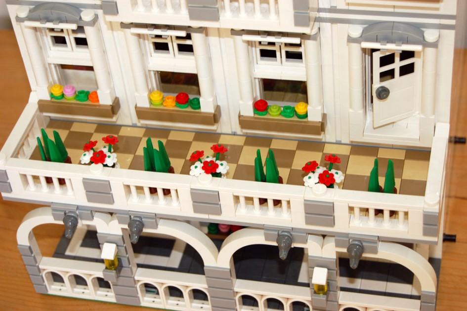LEGO-Variante der Alsterarkaden in Hamburg | © Withacee