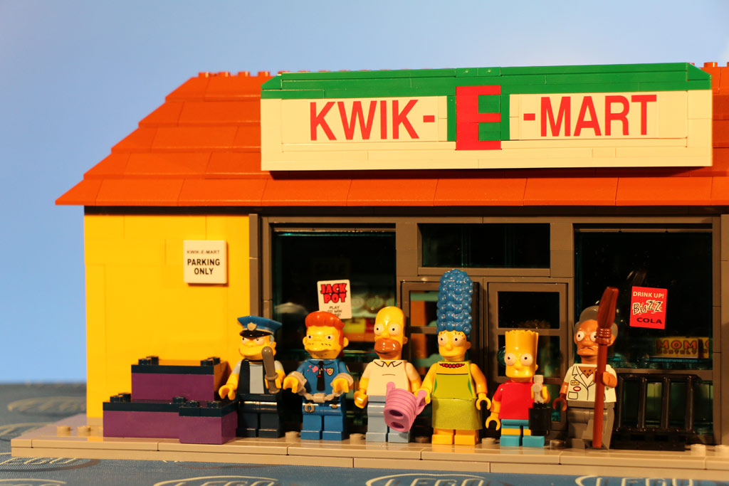lego-the-simpsons-kwik-e-markt-minifiguren-2015-andres-lehmann zusammengebaut.com