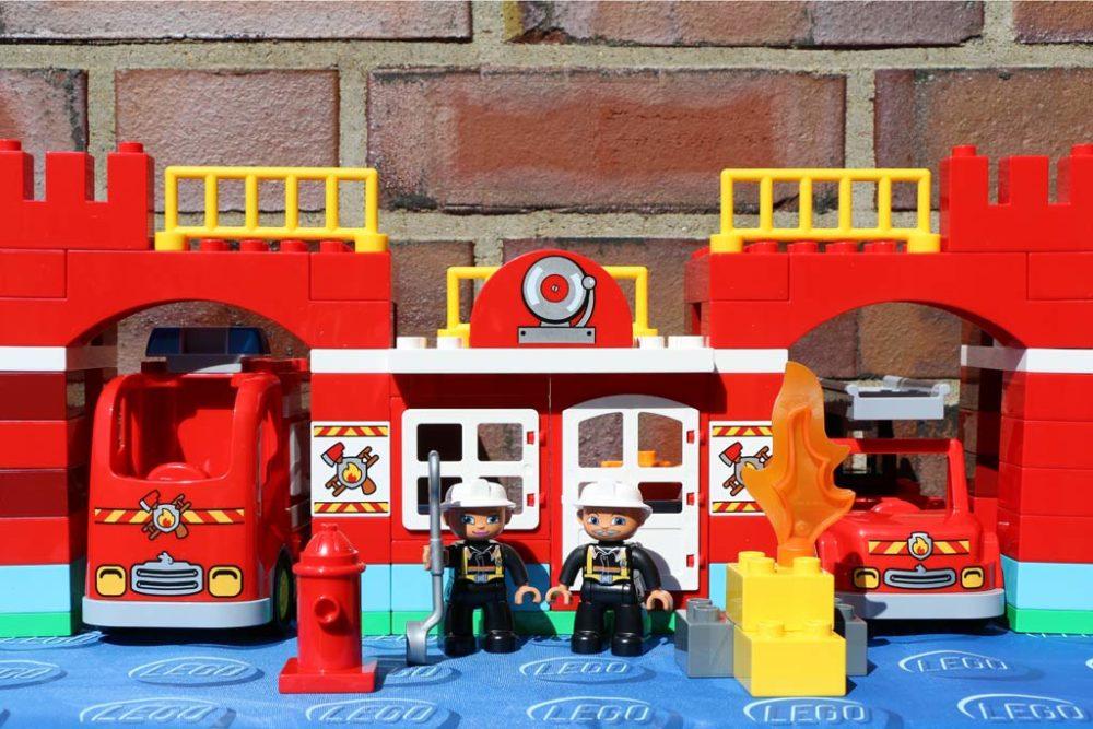 Neues Lego Duplo Feuerwehr Hauptquartier Wasser Marsch