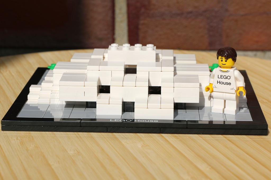 Das Lego House nebst Minifigur | © Andres Lehmann