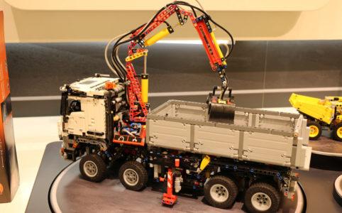 LEGO Technic 42043 Mercedes-Benz Arocs: Lebt die Kooperation auf?
