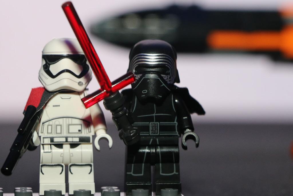 Kylo Ren und sein cooles neues Laserschwert... | © Andres Lehmann