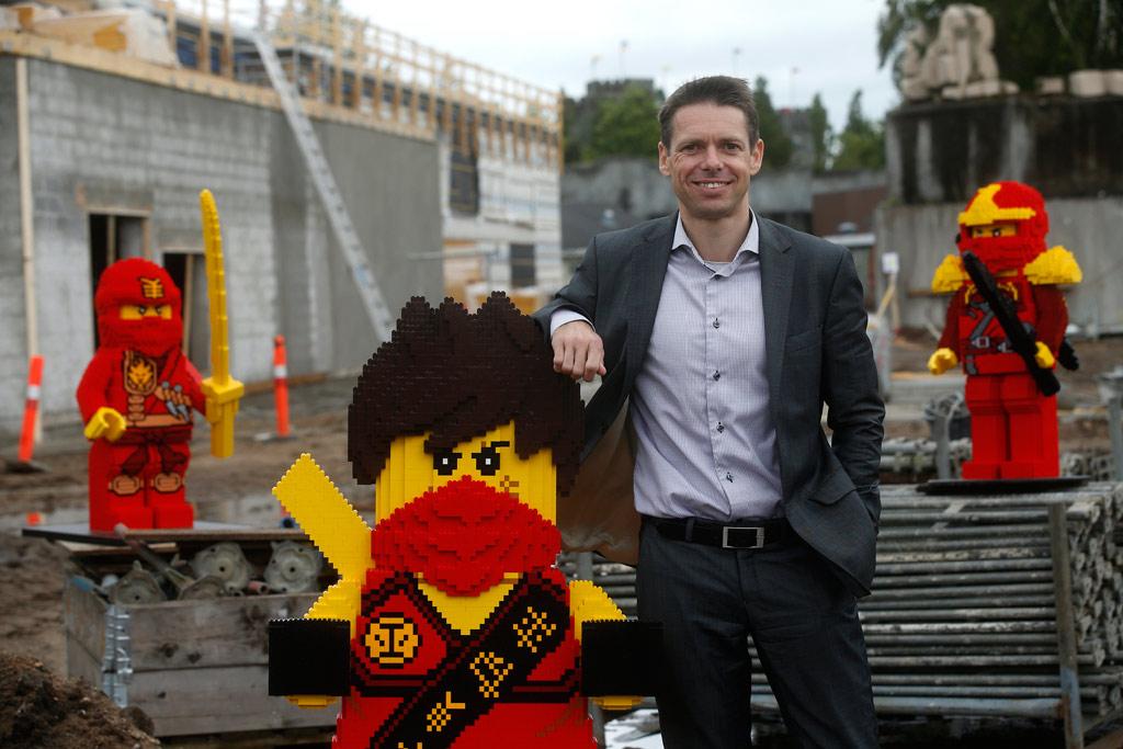 Legoland Billund Parkchef Christian Woller und die Ninjas: Ein Pakt für 2016 | © Andres Lehmann
