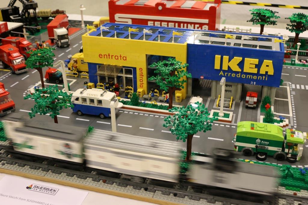 Next stop: Ikea! | © Andres Lehmann