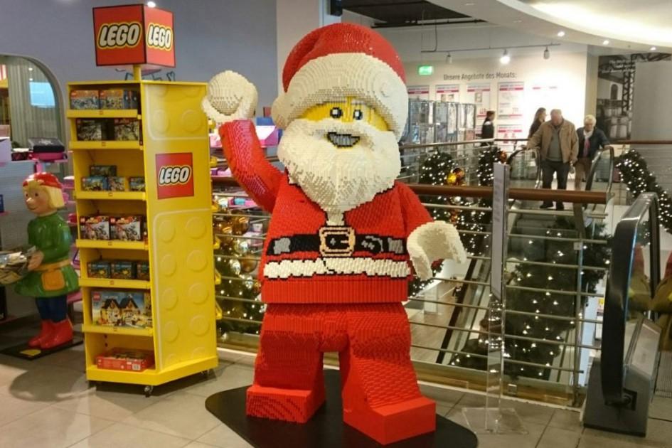 Schneeballschlacht mit dem Lego-Weihnachtsmann gefällig? | © Maria Kubica