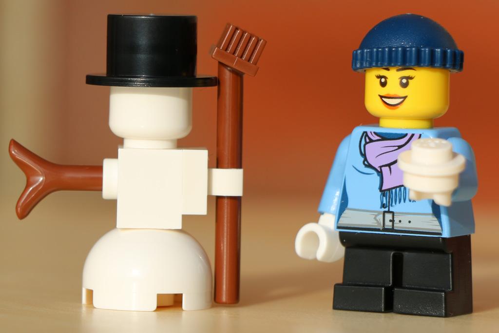 Wir bauen einen Schneemann! | © Andres Lehmann