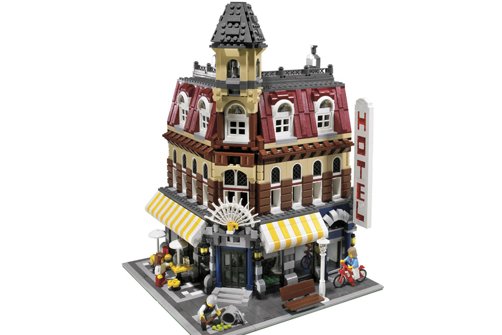 Lego Modular Cafe Corner
