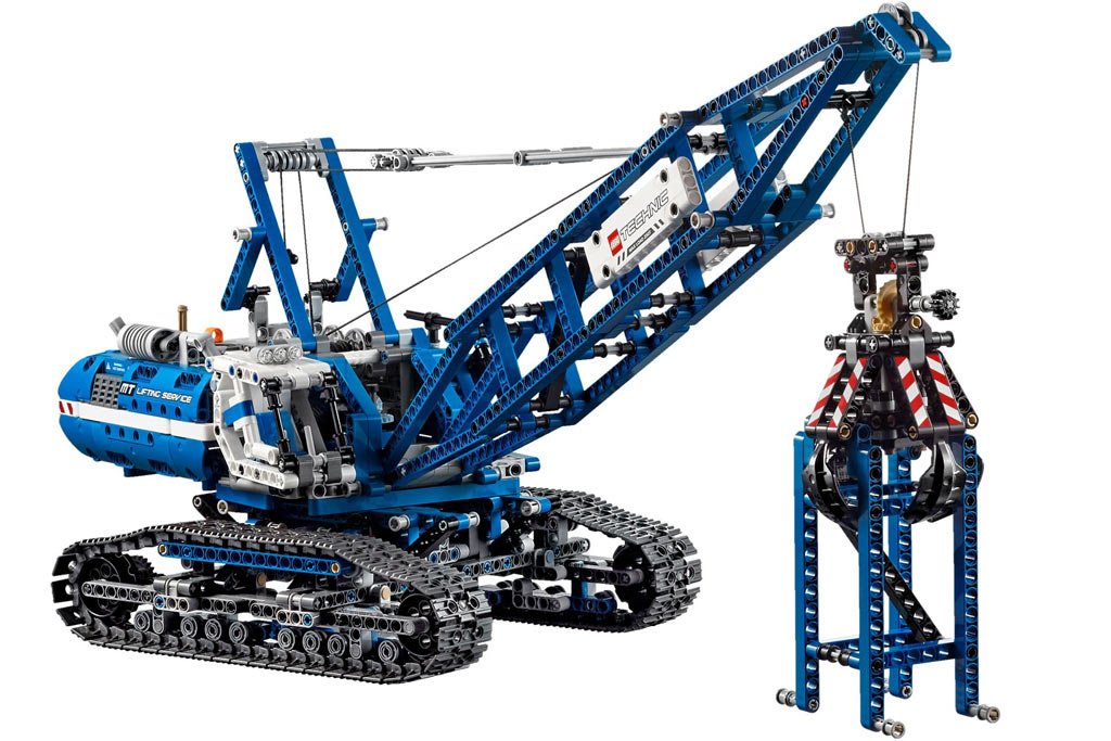 Lego Technic Crawler Crane   © LEGO Group