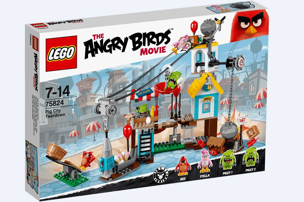 Lego Angry Bird Pig City Teardown (75824) | © LEGO Group