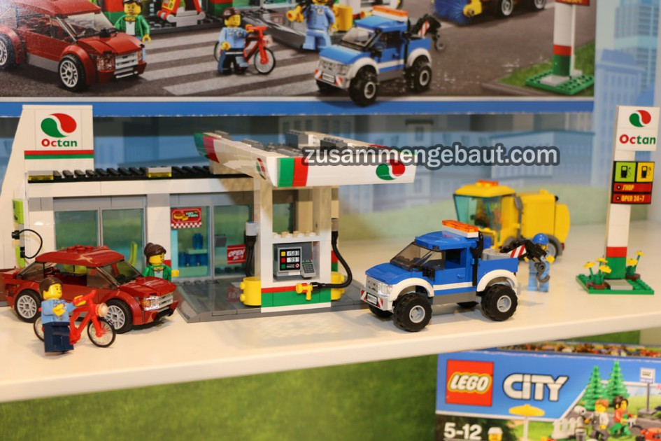 toy fair 2016 new lego city octan gas station. Black Bedroom Furniture Sets. Home Design Ideas
