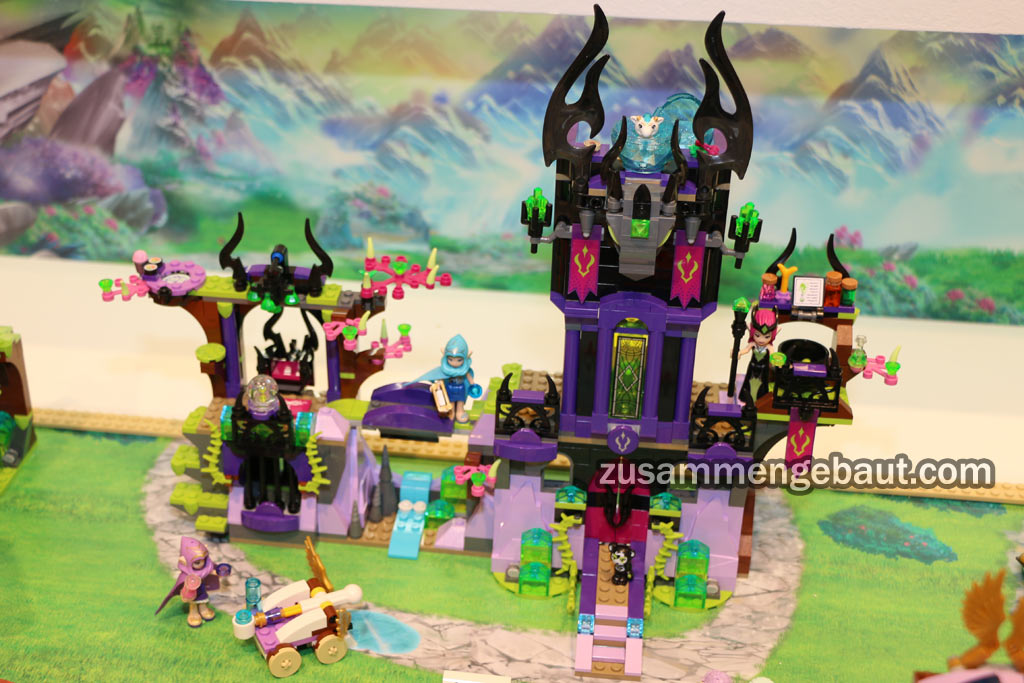Ragana's Magic Shadow Castle | © Andres Lehmann / zusammengebaut.com
