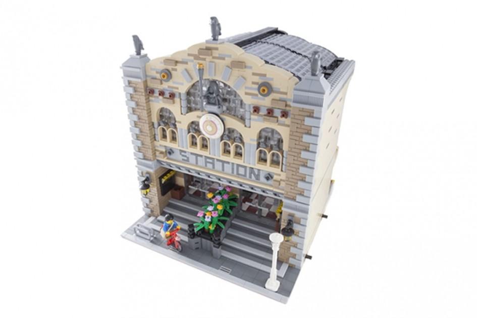 Großer Bahnhof! | © LegoWolf/ LEGO Ideas