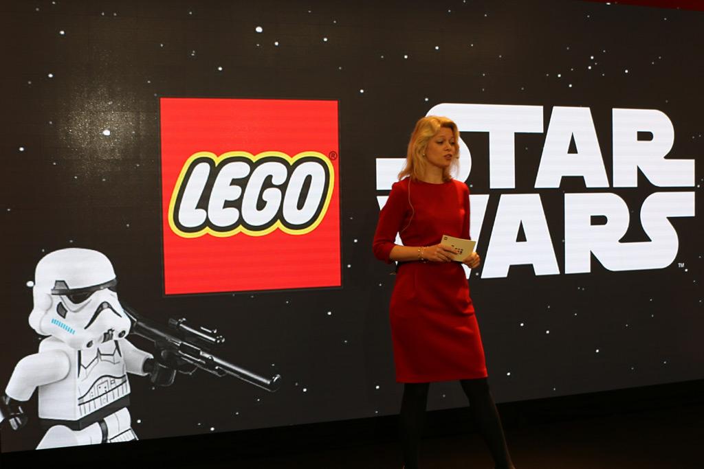Joanna Katharina Lazar, Lego GmbH Vice President Marketing, unterstrich: Mehr Lego Star Wars braucht das Land!   © Andres Lehmann / zusammengebaut.com