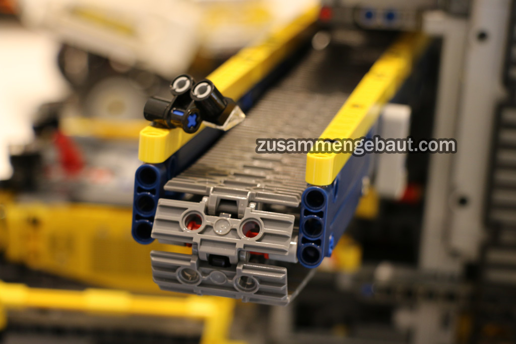 toy fair 2016 lego technic bucket wheel excavator video. Black Bedroom Furniture Sets. Home Design Ideas