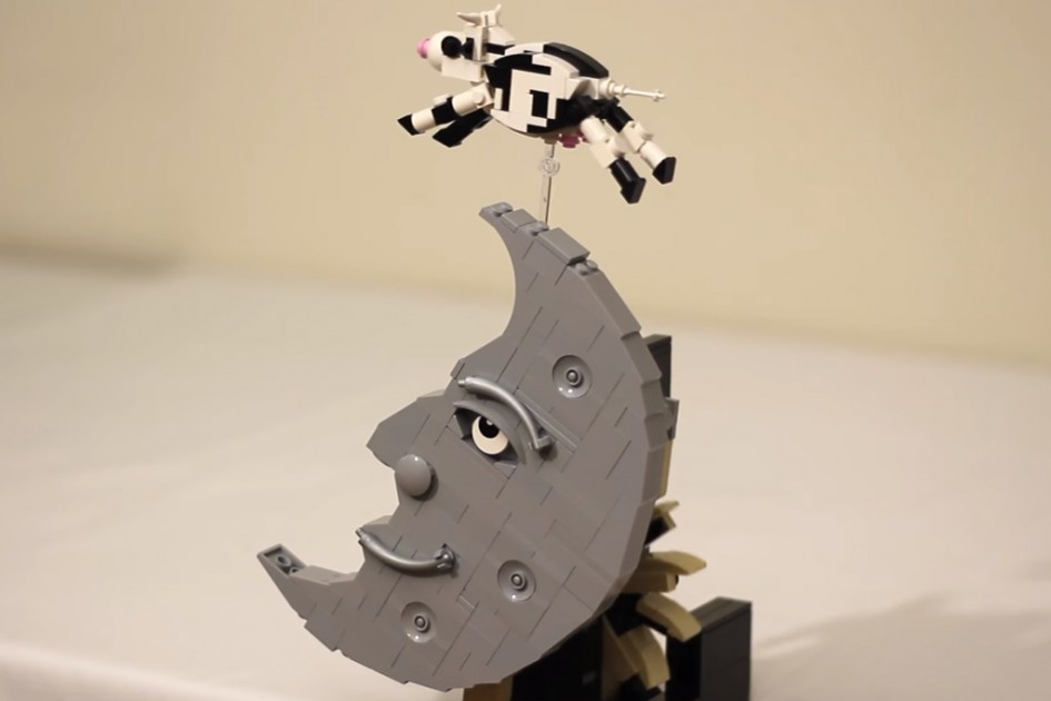 LEGO Escapement Sculpture - The Cow Jumped Over the Moon | © JK Brickworks/ YouTube Screenshot