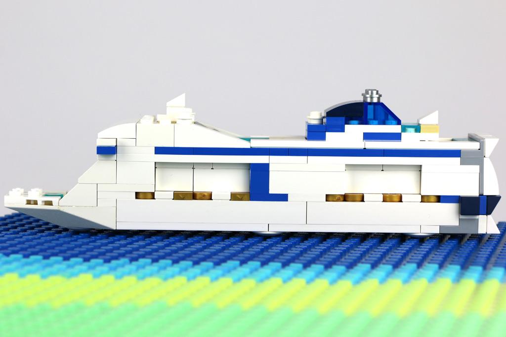 Die Lego MSC Meraviglia | © Andres Lehmann / zusammengebaut.com