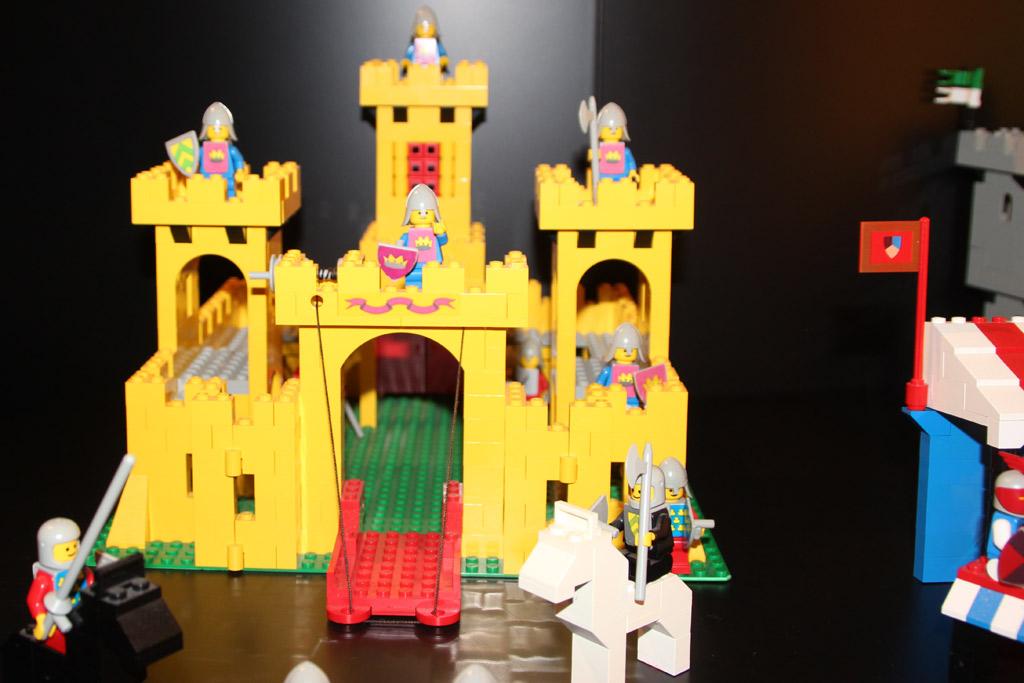 Gelbes Schloss | © Christian Baier / zusammengebaut.com