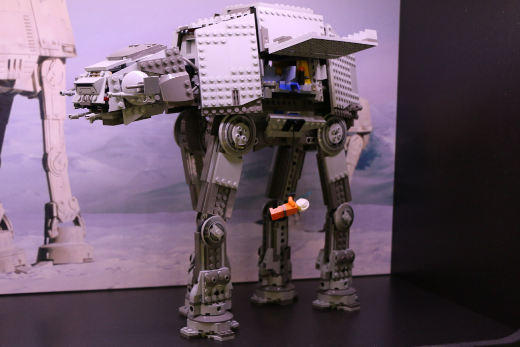 Lego Star Wars AT-AT Walker (8129) | © Andres Lehmann / zusammengebaut.com