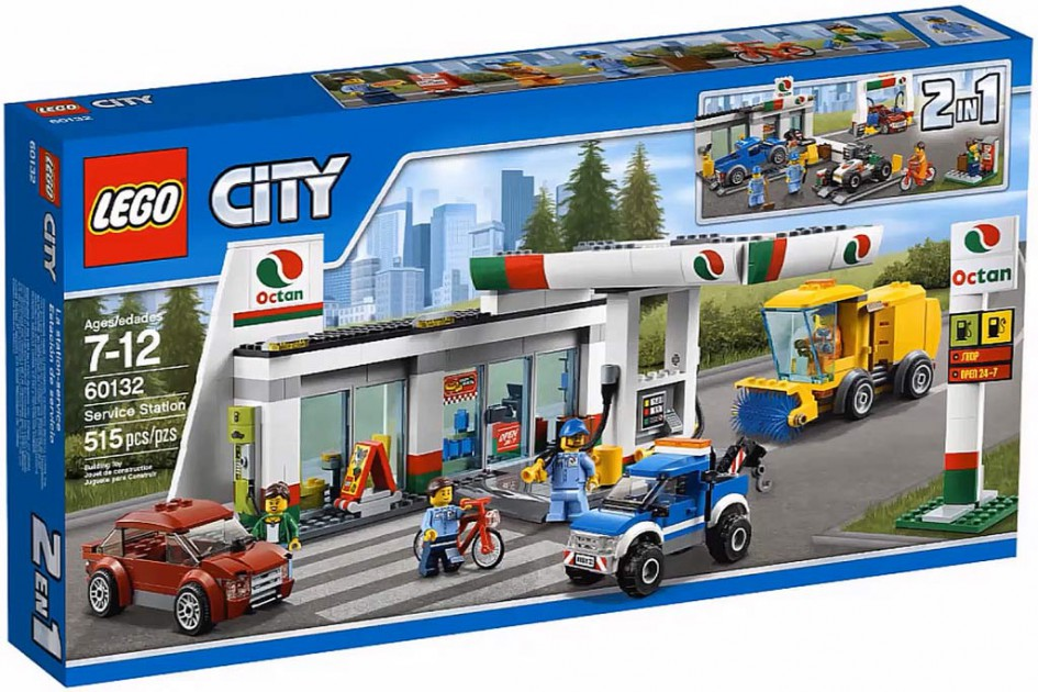 Lego City Octan Service Station (60132) | © LEGO Group