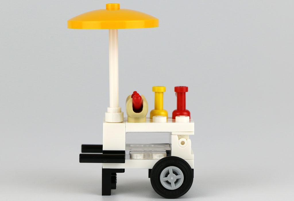Hot-Dog gefällig? | © Andres Lehmann / zusammengebaut.com