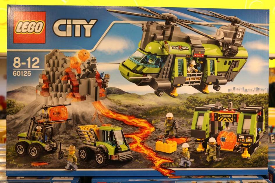 "Lego City ""Volcano Heafy-Lift"" (60125)   © Andres Lehmann / zusammengebaut.com"