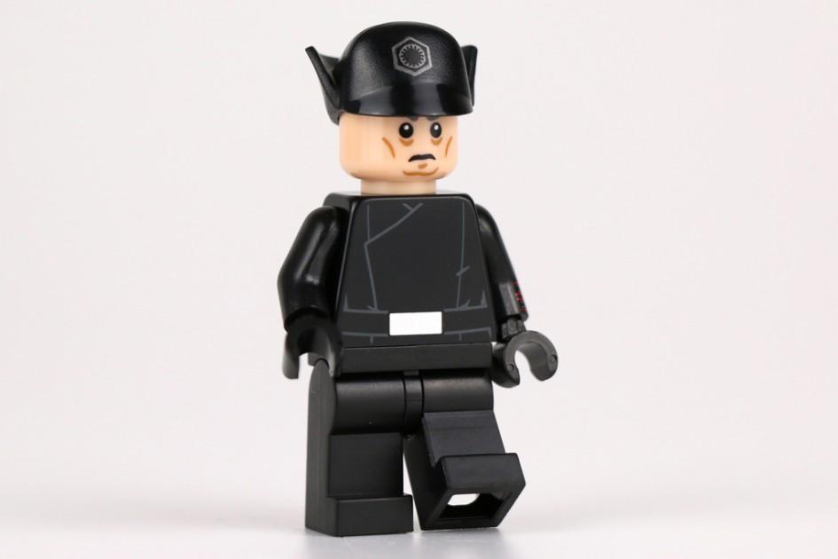 Lego Star Wars First Order General | © Andres Lehmann / zusammengebaut.com