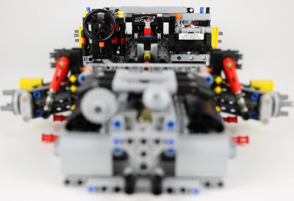 Lego Technic Porsche 911 GT3 RS 42056 Box 1 Antriebsstrang Zusammengebaut