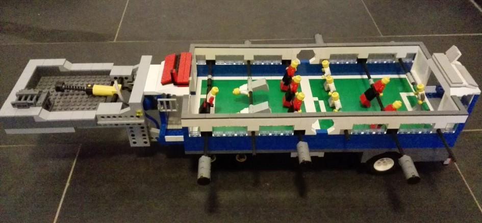 Fußballtisch: Selbst an eine Spielstandsanzeige wurde gedacht! | © Brick-lebrit LEGO Creations
