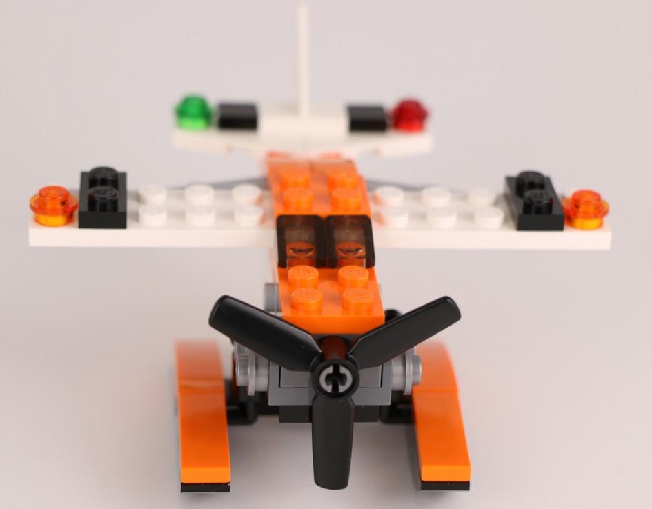 LEGO Creator Wasserflugzeug (31028)   © Andres Lehmann / zusammengebaut.com