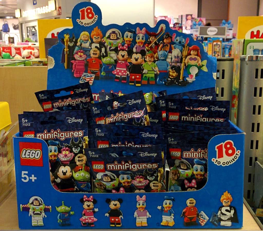 Die Disney Minifiguren breiten sich aus! | © Andres Lehmann  / zusammengebaut.com