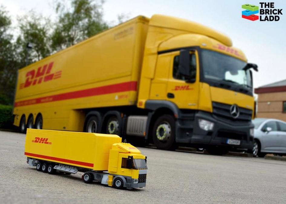 DHL Truck als MOC | © Jonathan Ladd / thebrickladd.com