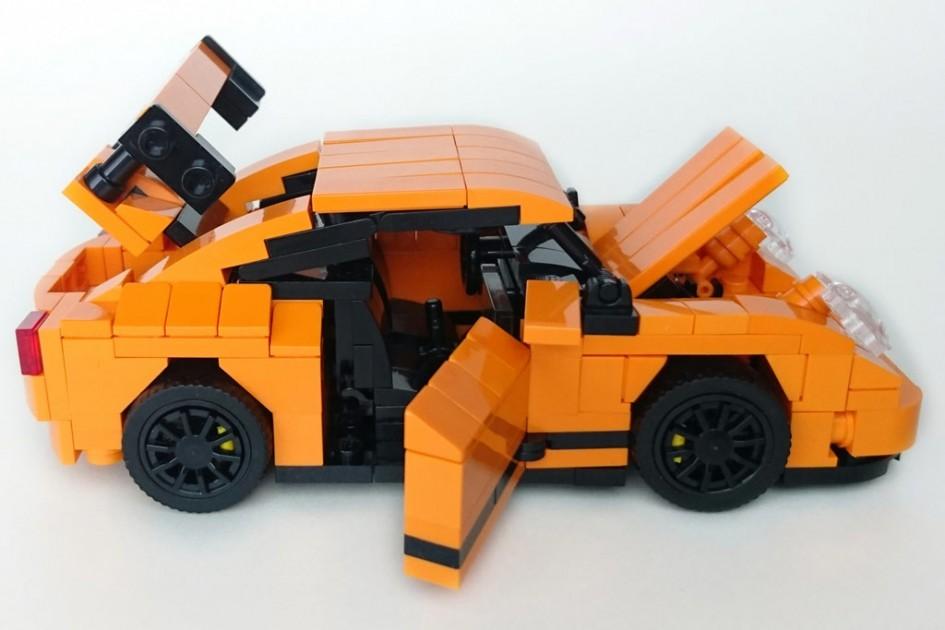 Oha, der Porsche ist geschrumpft! | © Gerald Cacas