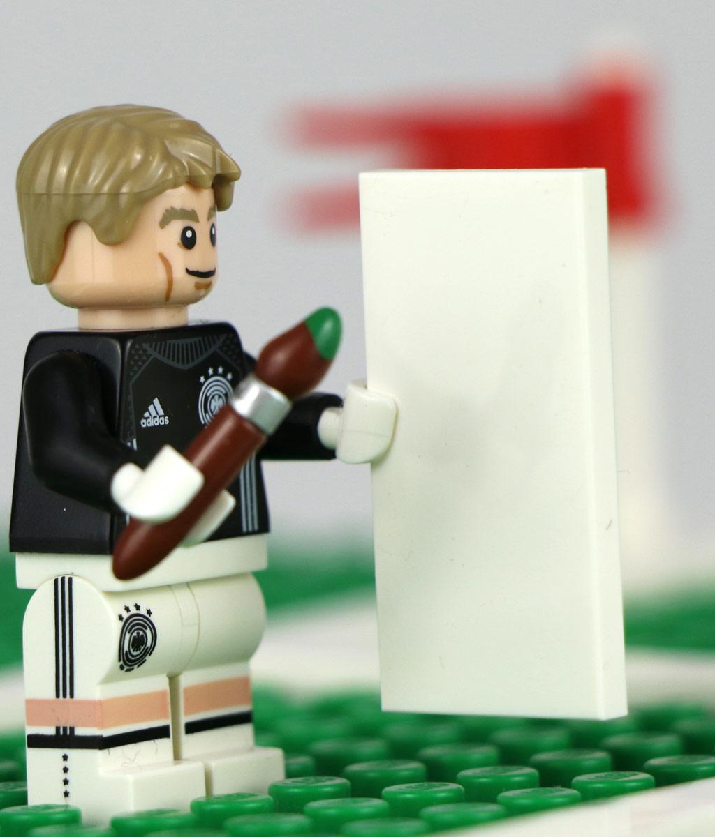 Konnte während des Spiels seinen Hobbies nachgehen: Manuel Neuer. | © zusammengebaut.com