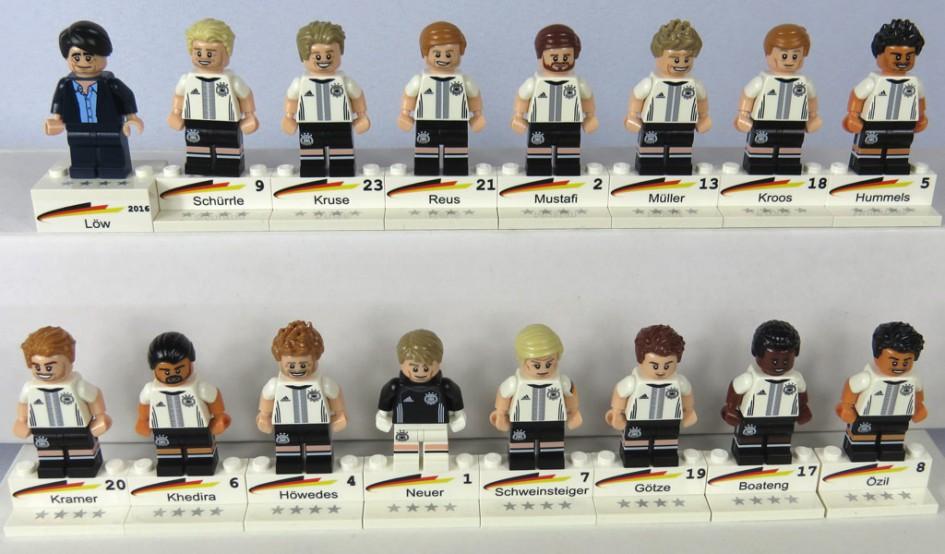 Sockelsteine für Lego DFB Team Minifiguren 2016 | © steindrucker.com / Harald Günther