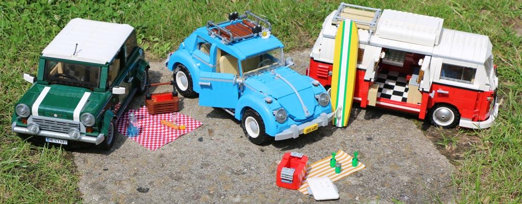 "LEGO Creator VW Käfer (10252), Volkswagen T1 ""Bulli"" Campingbus (10220) und Mini Copper (10242) | © Andres Lehmann / zusammengebaut.com"