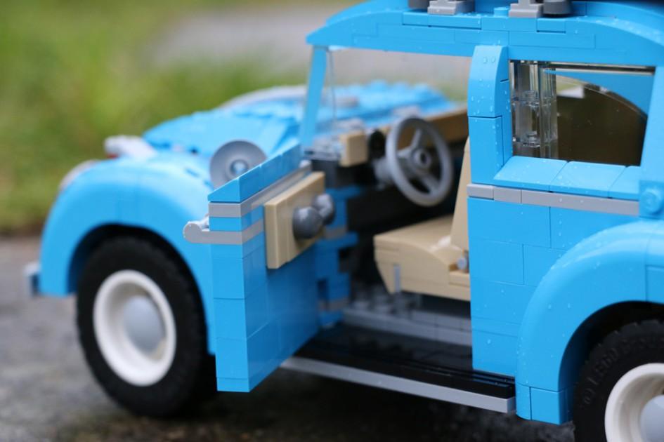Die Reise im LEGO VW Beetle kann starten! | © Andres Lehmann / zusammengebaut.com