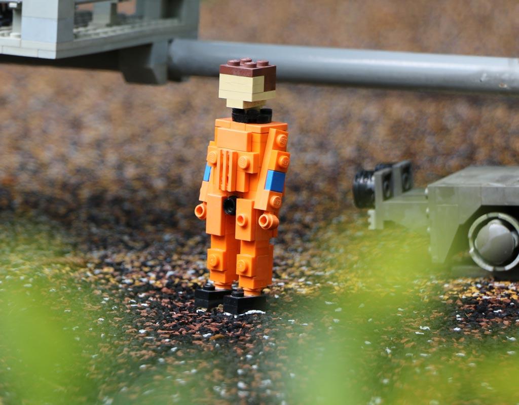 Dieser Astronaut hat die Bodenhaftung noch nicht verloren. | © Andres Lehmann / zusammengebaut.com