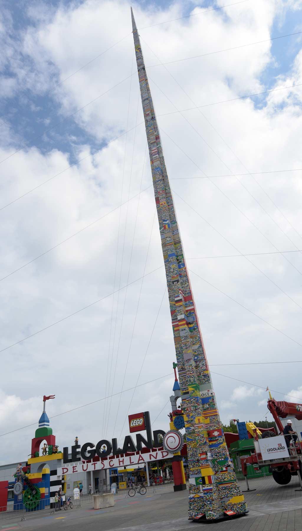Die schiefe Turm von Günzburg! | © LEGOLAND Deutschland Resort