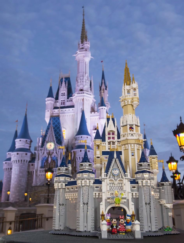 """LEGO """"Das Disney Schloss"""" (71040)   © LEGO Group"""