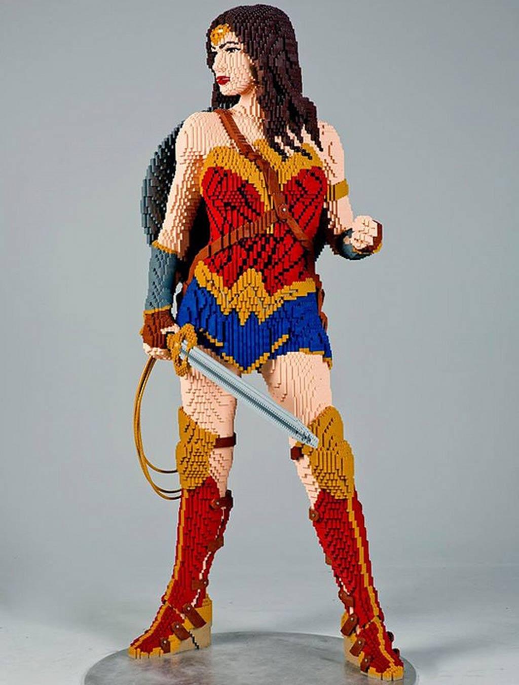 Steinige Wonder Woman | © LEGO Group