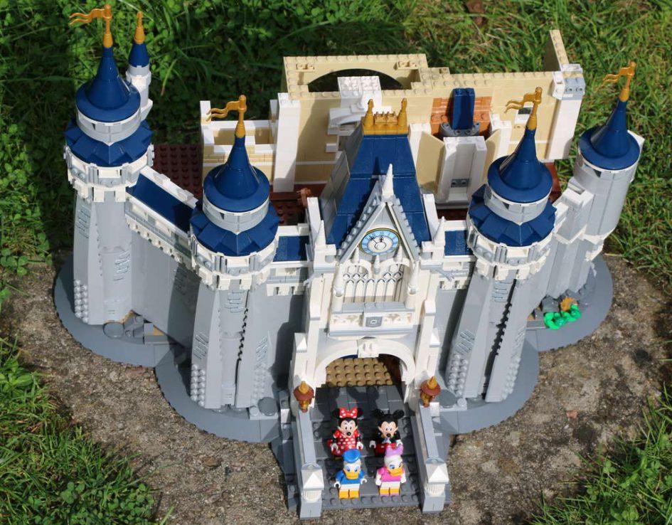 Das Disney Schloss - noch im Bau befidlich | © Andres Lehmann / zusammengebaut.com