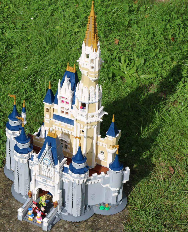 Das LEGO Disney Cinderella Schloss | © Andres Lehmann / zusammengebaut.com