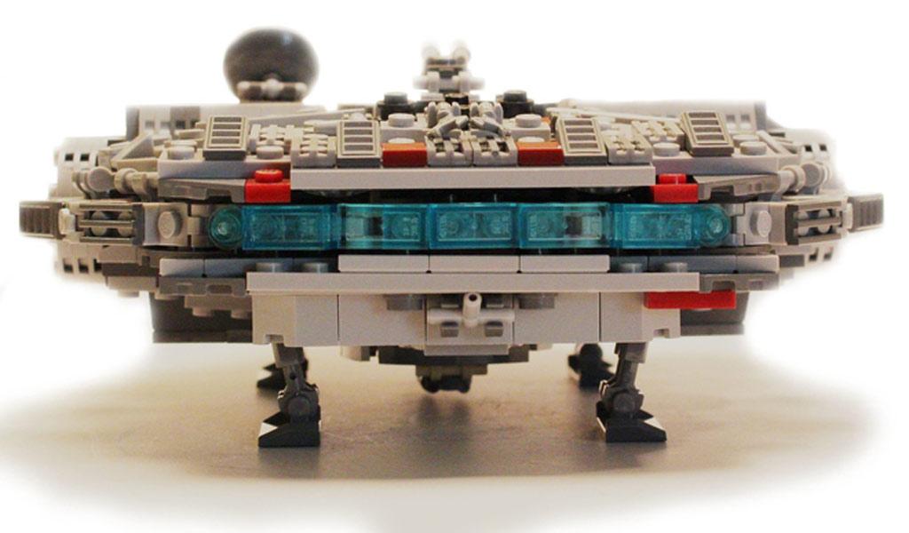 Rückseite des Falcon | © Ostler_Ideas / LEGO Ideas