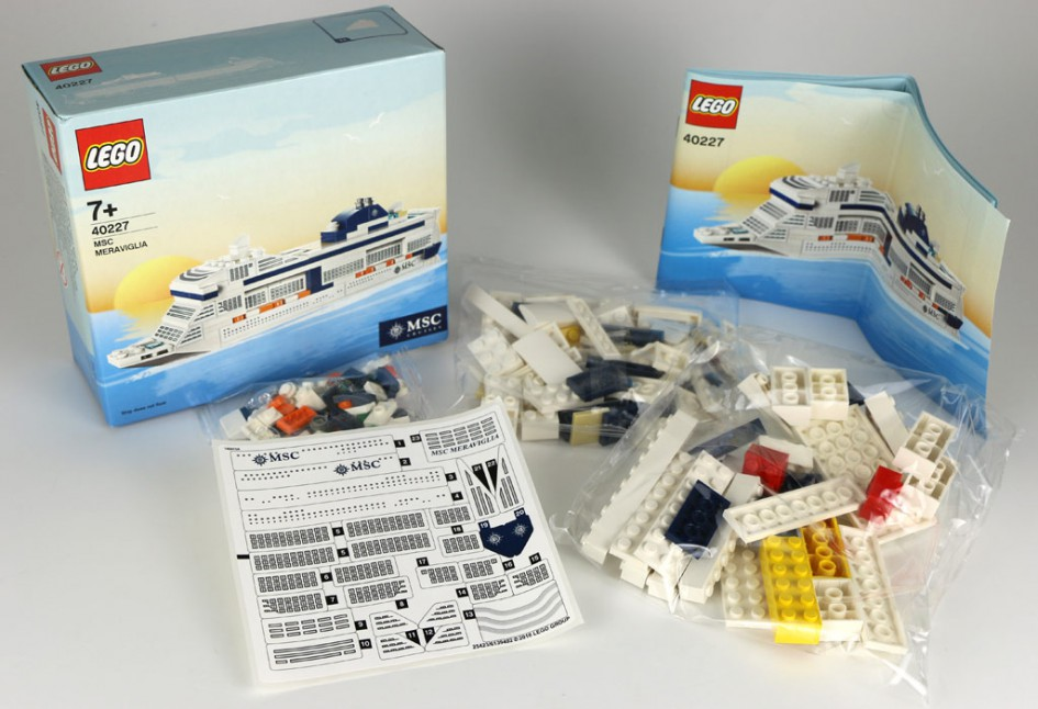 LEGO MSC Meraviglia (40227) ausgepackt | © Andres Lehmann / zusammengebaut.com