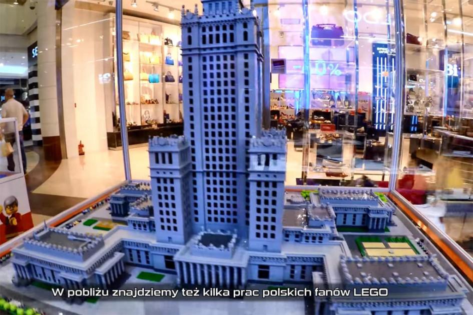 LEGO Store samt Ausstellung in der Galeria Moków in Warschau | © Sariel / YouTube Screenshot