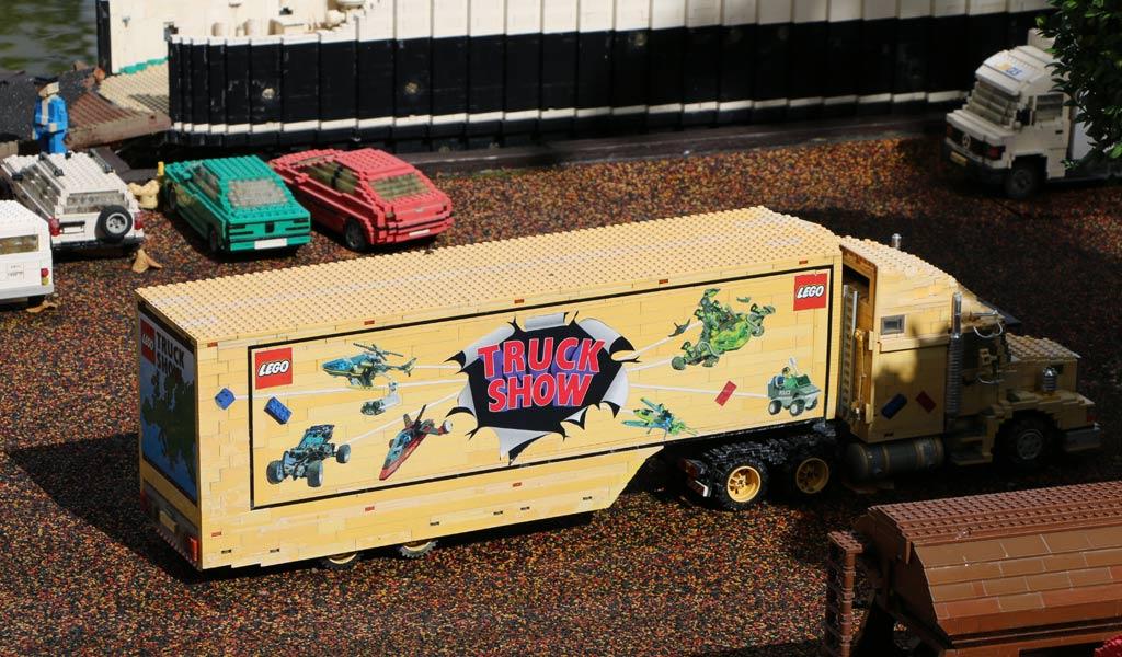 Die Truck Show gab es wirklich: Das Modell steht im Miniland des LEGOLAND Billunds | © Andres Lehmann / zusammengebaut.com