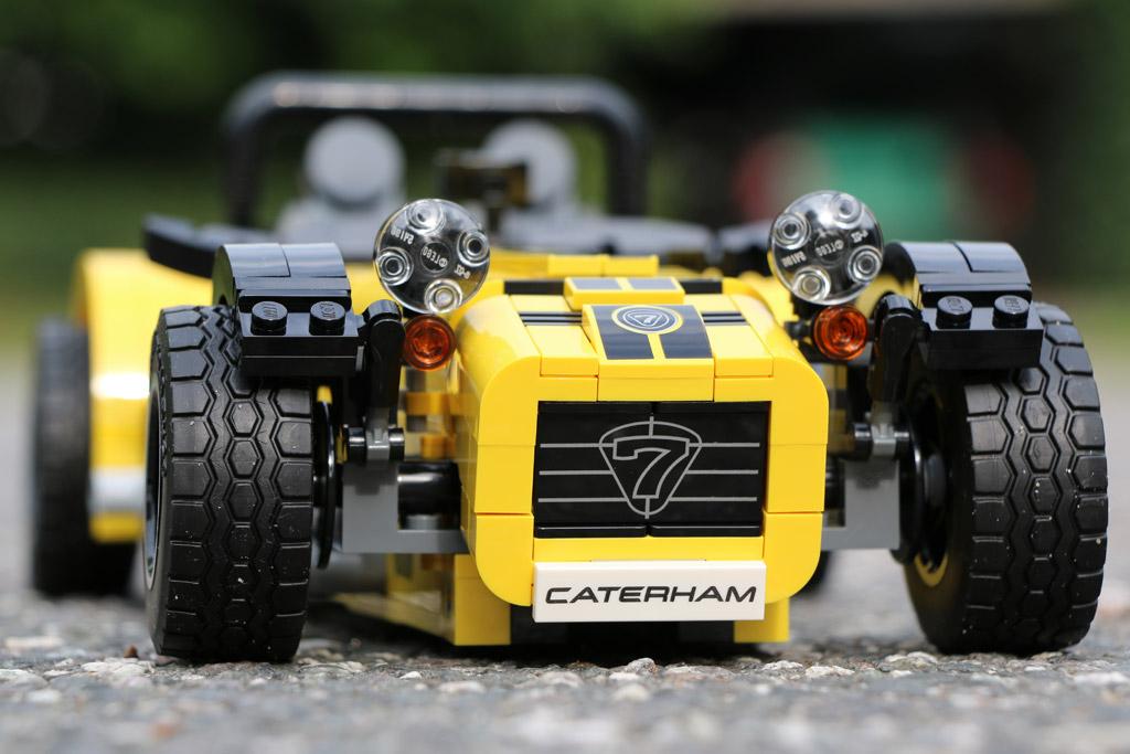 lego-ideas-caterham-seven-620r-front-21307-2016-zusammengebaut-andres-lehmann zusammengebaut.com