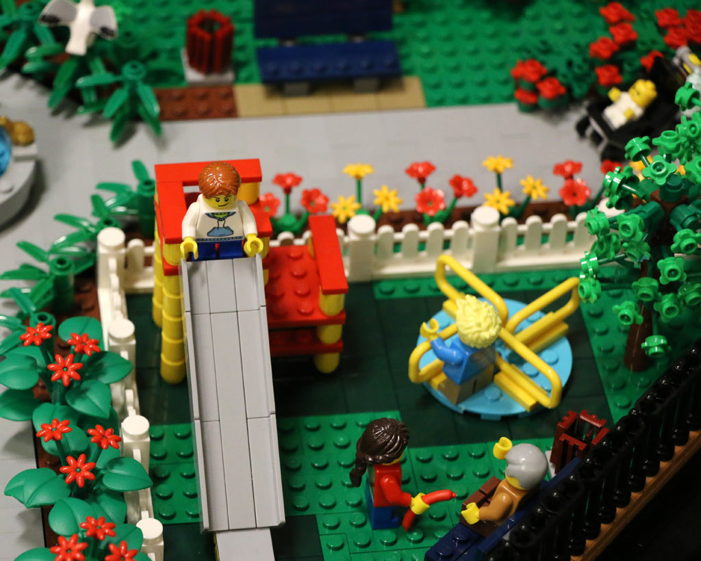 Ein Spielplatz darf im Park nicht fehlen. | © Andres Lehmann / zusammengebaut.com