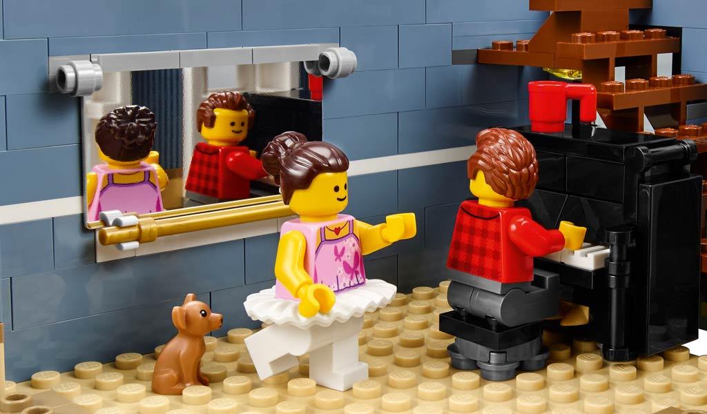 Es wird geprobt. | © LEGO Group