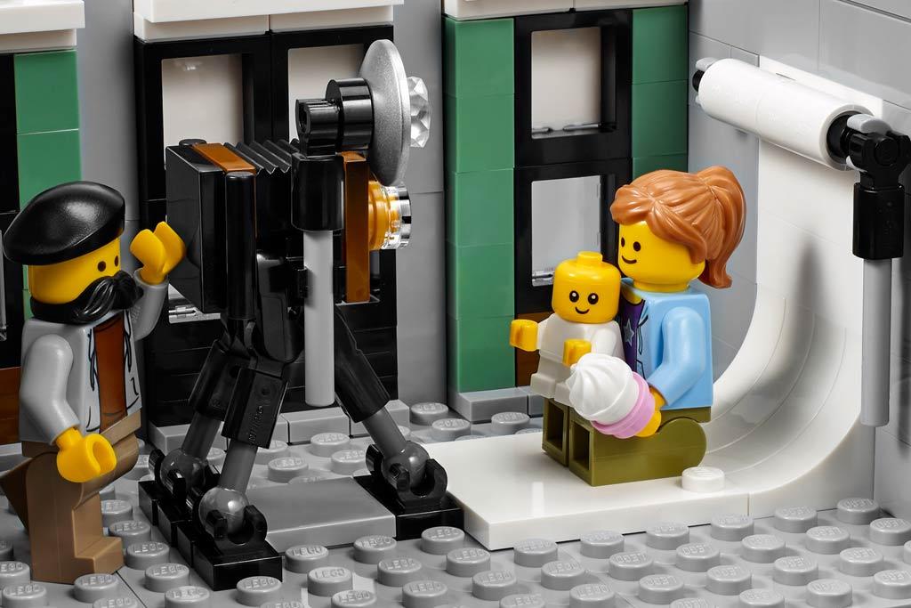 Fotostudio: Bitte schön lächeln! | © LEGO Group